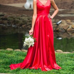 Red Sherri Hill Prom Dress